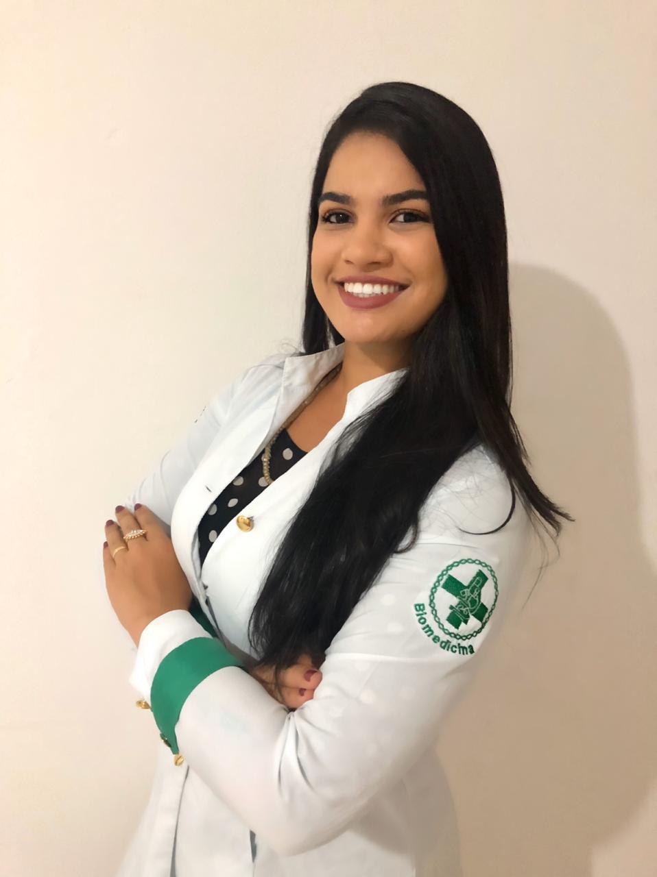 Vaniely Alves - Lash Designer e Micropigmentadora